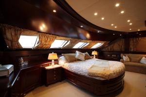 Luxury yacht Giorgia3