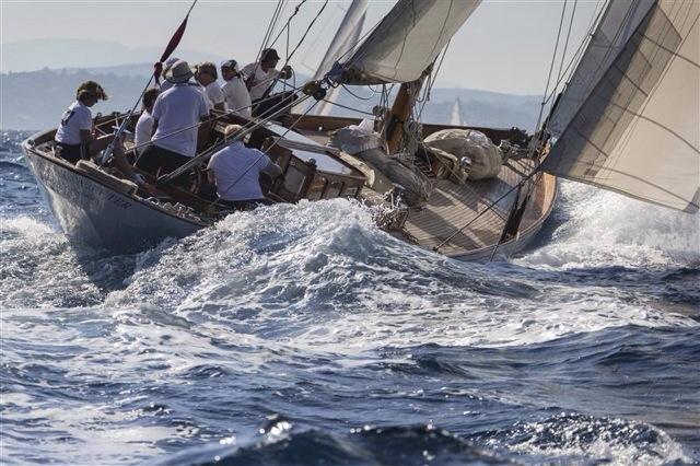 Sailing at Full Tilt!