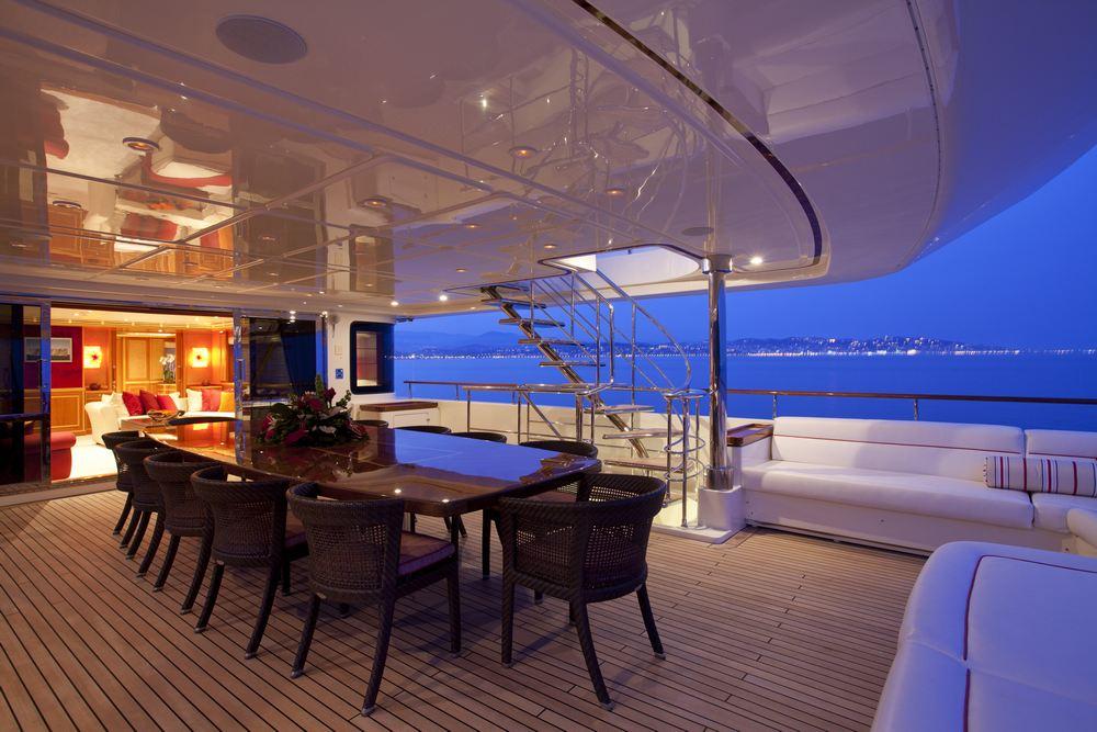 Elegant aft deck dining table