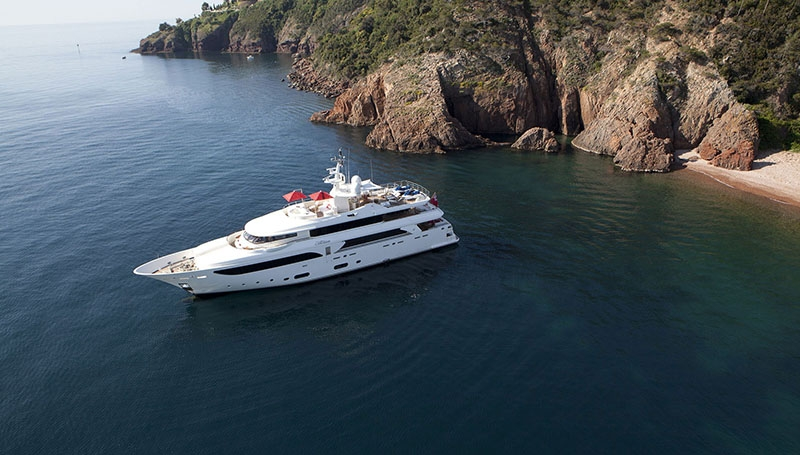 Charter the superb Super Yacht EMOTION - recently visited by the Boatbookings team