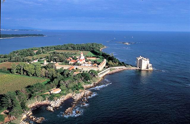 The beautiful Ile Saint-Marguerite
