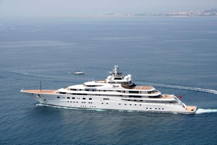 Luxury-superyacht-topaz-in-Nice-Photo-credit-Ian-Bugby