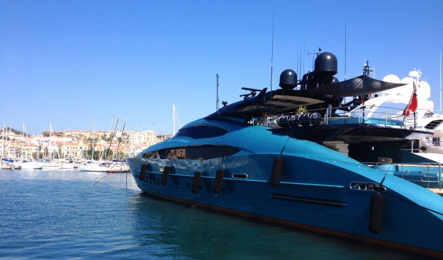 Blue Ice Yacht in Cannes Old Port