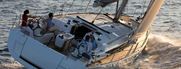 boat-509_exterieur_20111018112758-9faa54b9