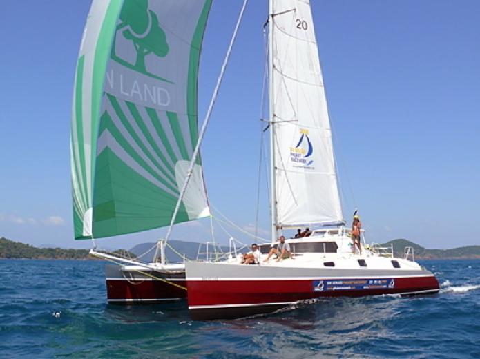 yacht laguna48