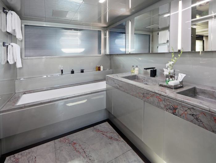 KOJImasterbathroom
