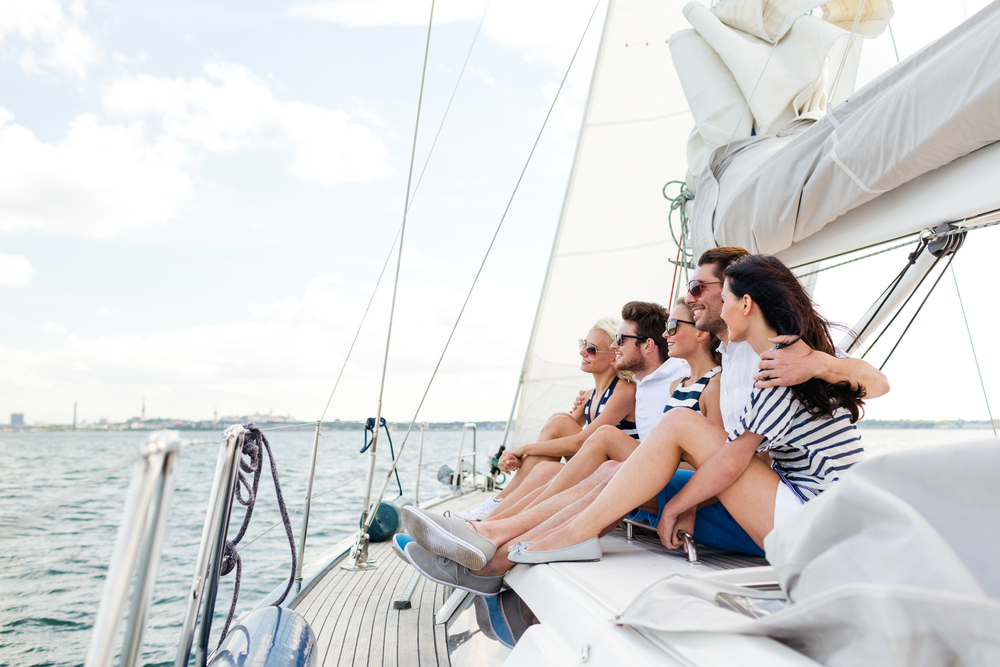Private yacht charters with your best friends