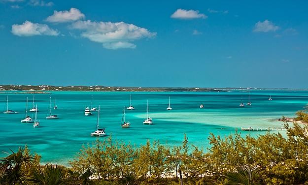 Sailing boats in the Bahamas