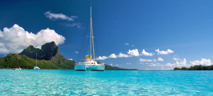 Catamaran à Bora-Bora