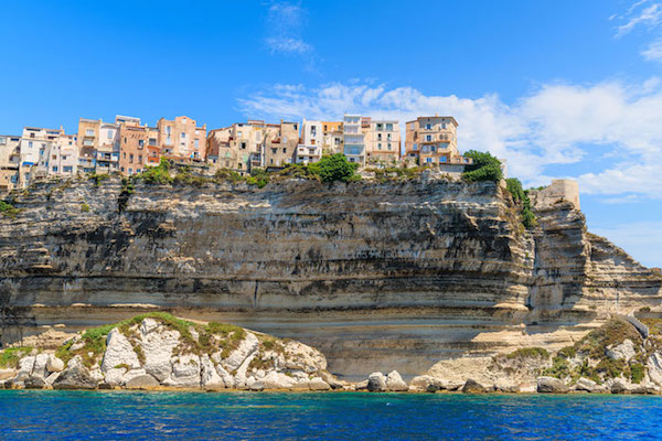 The_eyecatching_cliff_coastline_in_Bonifacio_983_1956