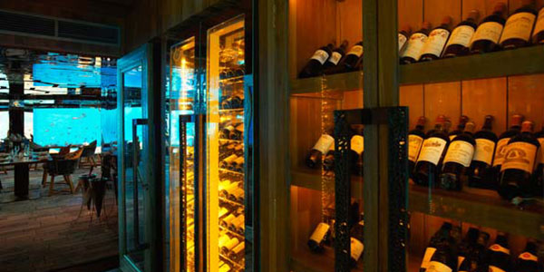 Anantara_Kihavah_Villas_Maldives_Sea-wine-cellar-g-AKH_2491