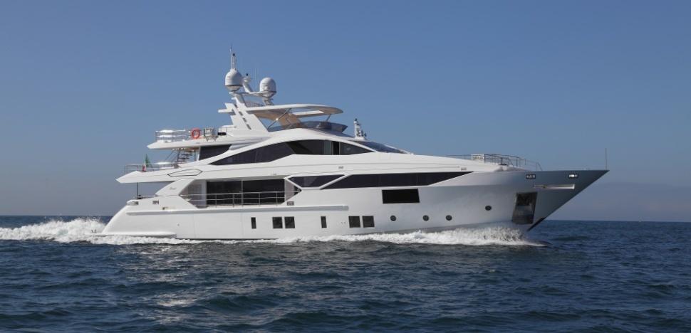 iron man motor yacht