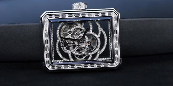 11520-chanel-breaks-boundaries-with-its-first-ever-in-house-watch-movement