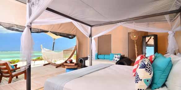11555-anegada-beach-clubs-luxury-tents-offer-unique-glamping-experience
