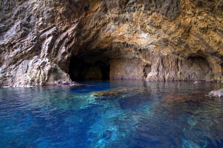Ventotene Grotto