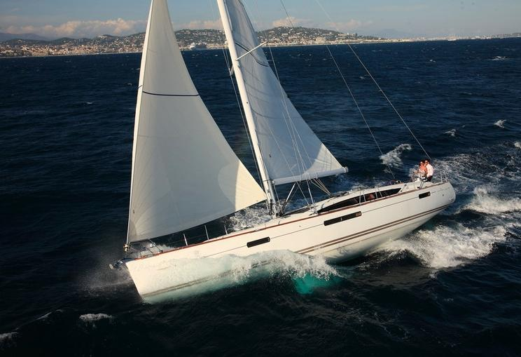 Charter Yacht Jeanneau 53 - 5 Cabins - Athens