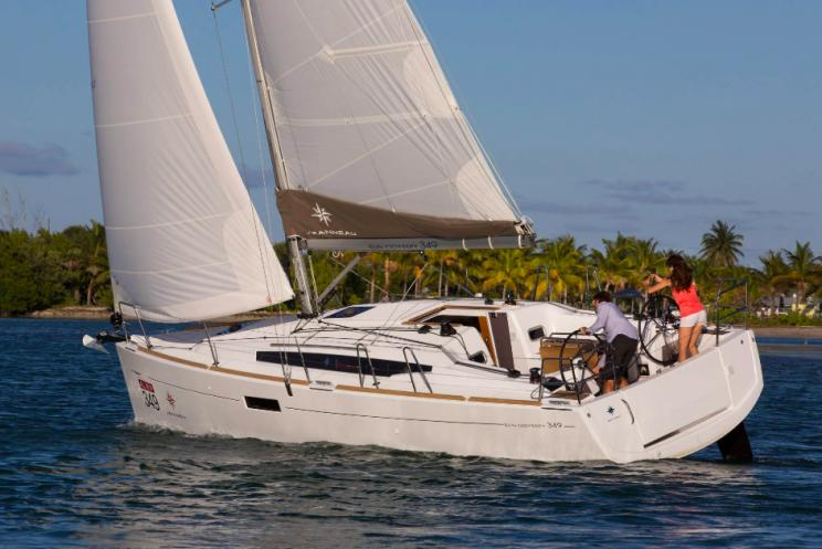 Charter Yacht Jeanneau Sun Odyssey 439 - 4 Cabins - Tahiti, Bora Bora and the South Pacific