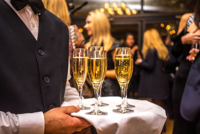 Enjoy your luxury corporate event on a charter yacht
