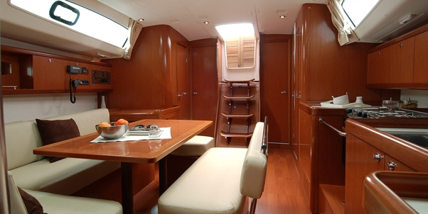 Bareboat Sailboat Beneteau 43 - 3 Cabins - British Virgin Islands