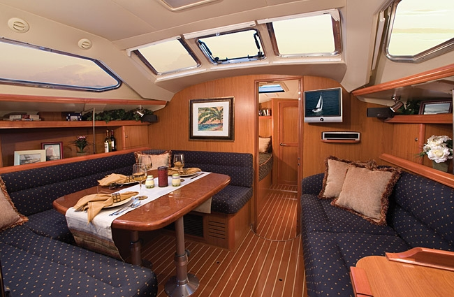 Bareboat Sailboat Hunter 41DS - 2 Cabins - Miami