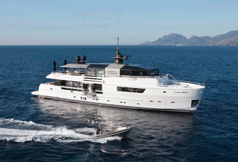 Charter Yacht JURATA | Arcadia 35m | 5 Cabins | Antibes | Cannes | Monaco